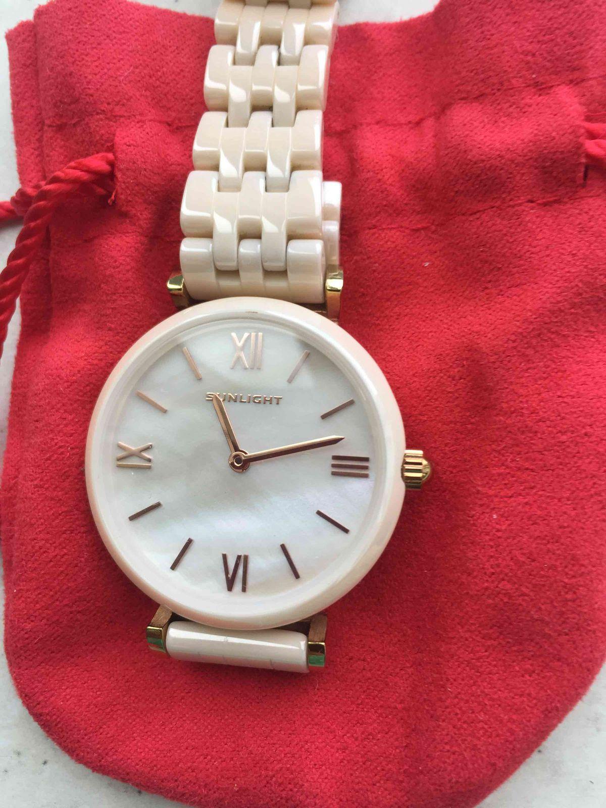 Керамические женские часы